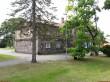 Laekvere koolihoone. Foto: Raili Uustalu 19.07.2018. Kaugvaade hoonele kirdest.