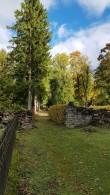 Kuusealleega ääristatud peatänav Väike-Maarja kalmistul. Foto: M.Abel, kp 04.10.18