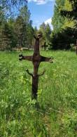 Pihlaspea kalmistu, külasepa poolt valmistatud rist. Foto: M.Abel, kp 22.05.18