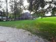 Neeruti mõisa kelder. Foto: Raili Uustalu 21.09.2018. Vaade üle esiväljaku keldri suunas.