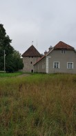 Vao tornlinnus ja Vao mõisa meierei. Foto: M.Abel, kp 06.09.18