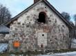 Saksi mõisa ait-kuivati. Foto: Raili Uustalu 07.12.2018. Vaade hoone otsaküljele lõunast.