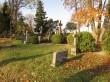 Vaade kalmistu hauatähistele Kihelkonna kalmistul. Foto: Keidi Saks, 17.10.2018