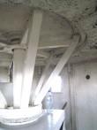 Tuletorni vana pöörleva laterna mehhanism laternaruumi all oleval korrusel. Foto: M.Koppel 2009
