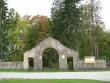 Viru-Jaagupi kalmistu, reg. nr 5800. Vaade peaväravale kirdest. Foto: M.Abel, kuupäev 25.09.2009