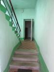 Tiirimetsa koolimaja trepp I korrusele. Foto: Keidi Saks, 11.02.2020.