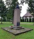 Anton Hansen-Tammsaare monument Järva-Madisel. Foto: K. Klandorf 08.09.2020.