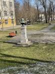 Uppsala 2 Faehlmanni monumendi tagantvaade. Foto Egle Tamm, 22.04.2021.