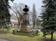 Vallikraavi 1 Barclay de Tolly monumendi vaade lääne poolt (Ülikooli tänavalt). Foto Egle Tamm, 26.04.2021.