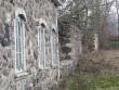 Vaade edelast, esiplaanil vasakul puutöökoda, järgmine sepikoda ja mõisa ait. Foto: M.Koppel, 2010