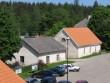 Vihula mõisa vesiveski : 15968 vaade lõunast- peahoone terrassilt - veski on tagumine hoone.  Autor ANNE KALDAM  Kuupäev  10.06.2010