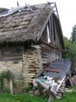 Lillebergi talu laut : 15653  vaade lõunast - avariiline katus 08.08.10 tormikahjustus  Autor Anne Kaldam  Kuupäev: 12.09.2010