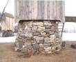 Tuuliku kivijalg pärast restaureerimistöid. Taastatud on jala kiviladu kuni liugraamini. Foto: M.Koppel, 2011 märts.