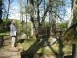 Kolga- Jaani koguduse õpetajate von Rückerite haual Foto 09.05.2011 Anne Kivi