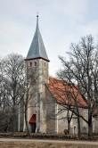 Karuse kiriku läänevaade. Foto: T. Padu, aprill 2011
