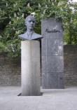 Paul Kerese monument. E. Väli, H. Kreis ja A. Siim, 1991 (pronks, graniit) Foto: Sirje Simson 12.06.2006