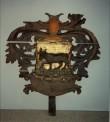 J. v. Biestrami vappepitaaf. Chr. Ackermann (?), 17. sajandi lõpp (umb. 1687) (puit, polükroomia). Tiesenhauseni väike vappepitaaf. Foto: Toomkiriku vapitöökoda 1993