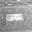 Mälestustahvel. Foto: R. Valdre, 1965