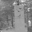 Kirjanik Jaan Oksa hauamonument. Foto: H. Kõlar, 1978