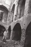 Põltsamaa linnuse alakorruse võlvid ja kaaristud.  Foto: V. Ranniku 1961